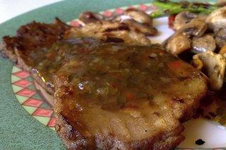 Receta de salsa para acompañar carnes a la parrilla