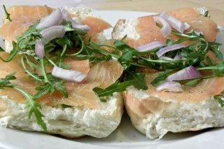 Receta de sandwich de salmón