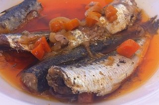 Receta de sardinas en escabeche con tomate