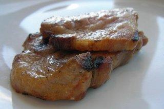 Receta de secreto en sartén con patatas y cebolla