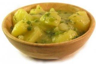Receta de sepia con patatas y guisantes