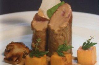 Receta de solomillo con salsa de setas y patatas perfumadas