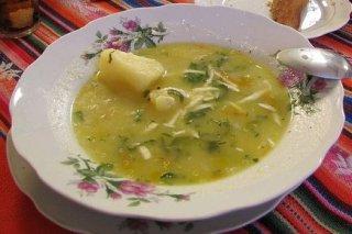 Receta de sopa de ajo sefardí