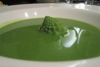 Receta de sopa de brócoli y queso