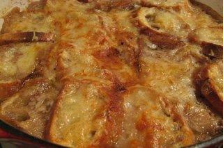Receta de sopa de cebolla y ajo al horno