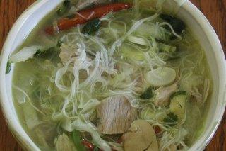 Receta de sopa de fideos con verduras