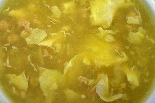 Receta de sopa de garbanzos con huevo