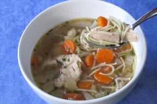 Receta de sopa de pollo con zanahorias