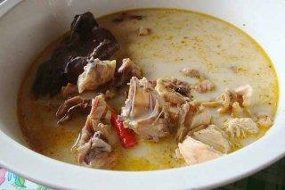 Receta de sopa de pollo ecuatoriana