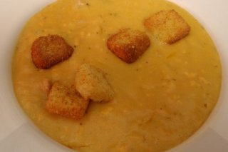 Receta de sopa de queso con pan frito
