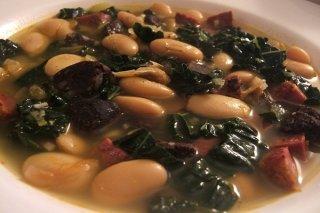 Receta de sopa de verduras con alubias
