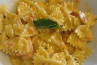 Receta de sopa de verduras con farfalle