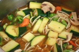 Receta de sopa de verduras con noodles