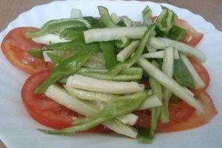 Receta de sopska salata