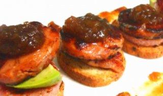 Receta de tapa de solomillo y foie con cebolla caramelizada