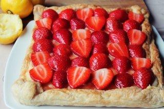 Receta de tarta de hojaldre con crema pastelera