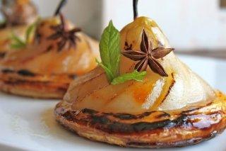 Receta de tarta de pera y crema catalana