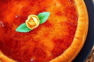 Receta de tarta de queso con mermelada de fresa