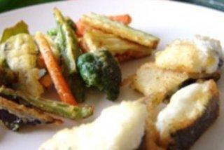 Receta de tempura de verduras y merluza