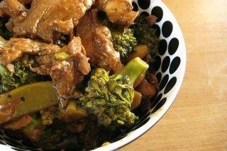 Receta de ternera con brócoli en salsa de soja
