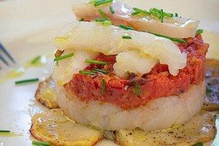 Receta de timbal de bacalao con tomate