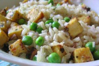 Receta de tofu con arroz y guisantes