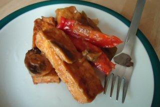 Receta de tofu con pimiento rojo