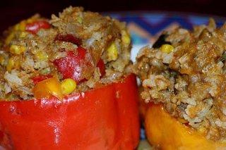 Receta de tomates rellenos de carne con cebolla y ajo