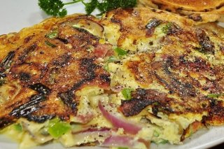 Receta de tortilla de cebolla morada