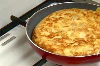 Receta de tortilla de patatas con cebolleta