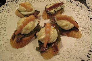 Receta de tostas de pimientos asados con anchoas