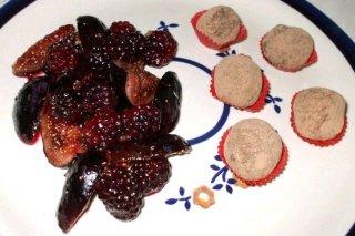 Receta de trufas de chocolate con guarnición de frutas
