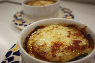 Receta de zuppa pavese