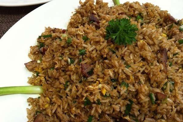 Receta de arroz chaufa peruano