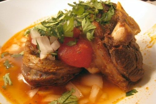 Birria estilo sinaloa receta for Como cocinar carne de chivo