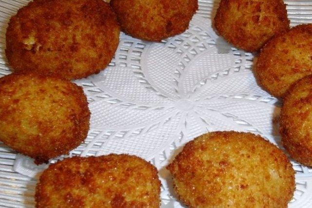 Receta de bolas de arroz y queso