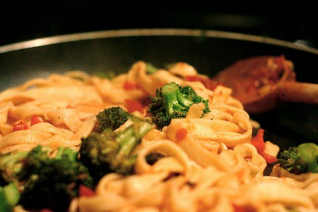 Receta de camarones con pasta y brócoli