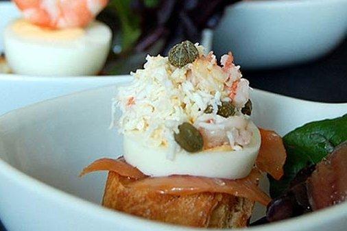 Canap de salm n y huevo receta for Canape de salmon