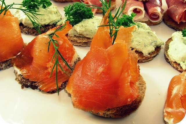 Receta de canapés con salmón