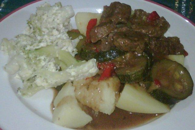 Receta de carne de res con sukini a la criolla