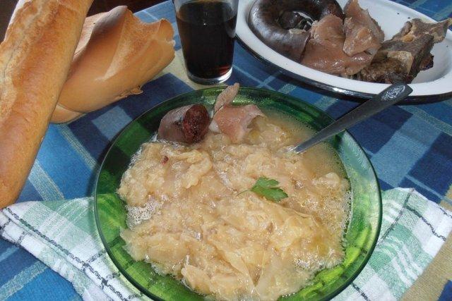 Receta de coles con espinazo