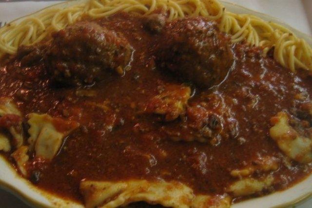 Receta de espagueti con albóndigas