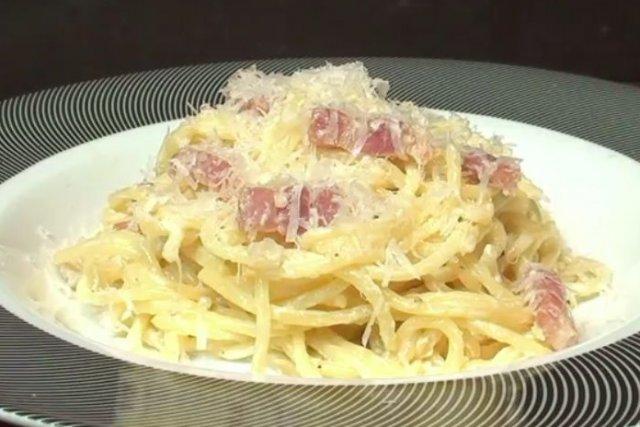 Receta de espaguetis con salsa carbonara