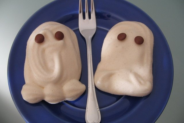 Receta de fantasmas de merengue