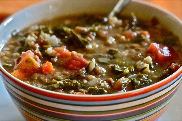 Receta de lentejas con verduras con olla rápida