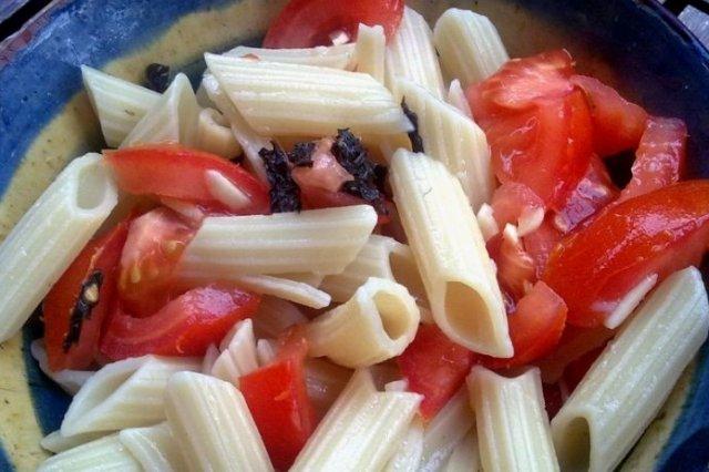 Receta de macarrones con tomate natural