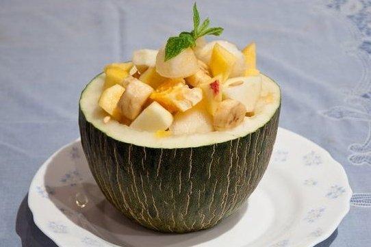 Receta de melón relleno de frutas