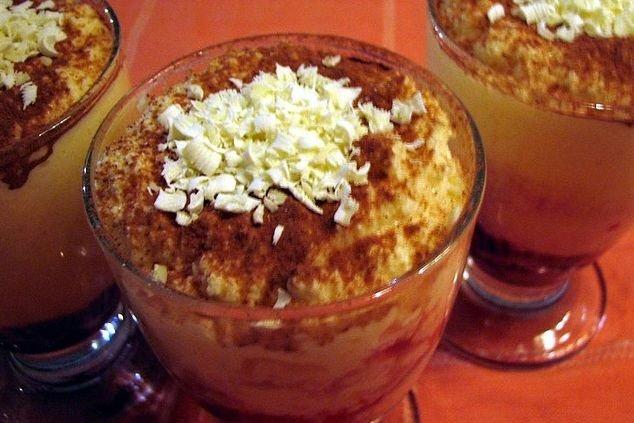Receta de mousse de café con almendras