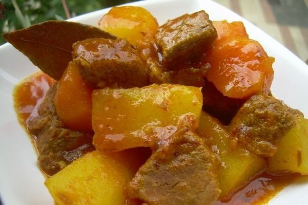 Receta de patatas con carne
