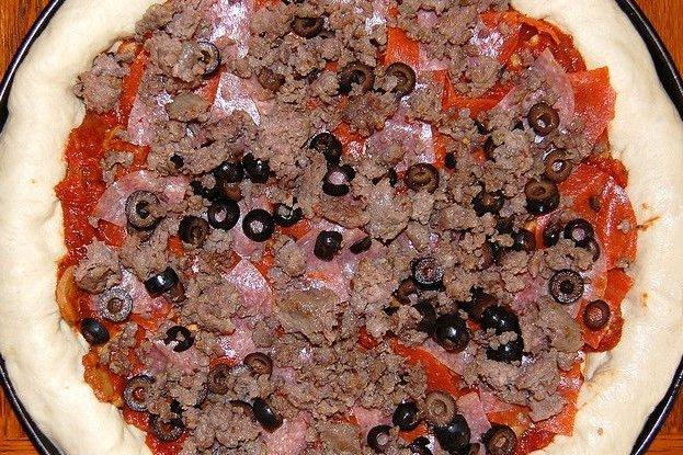 Receta de pizza de salchichas